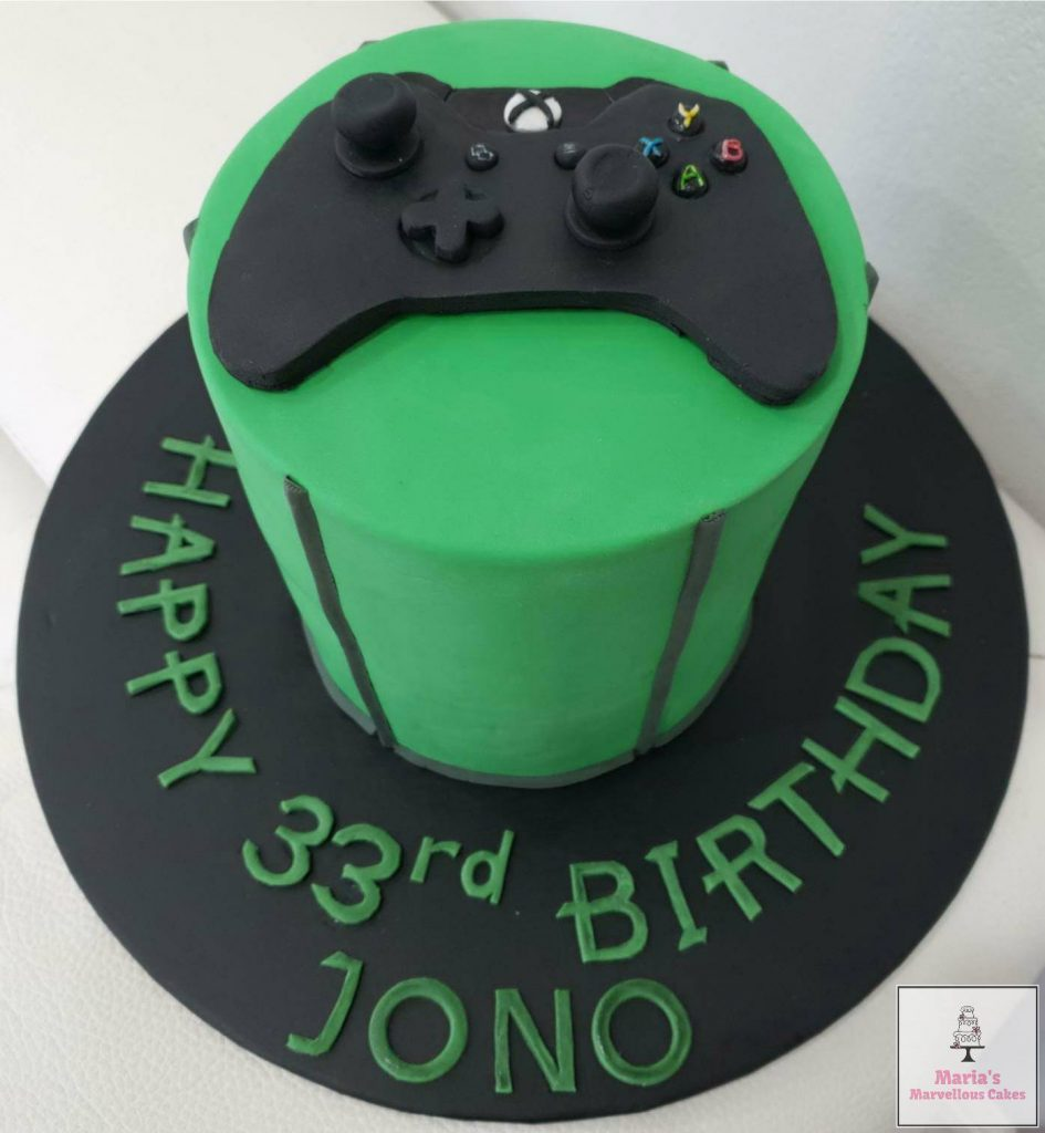 XBox One Controller Cakea Very Familiar Item In Our Household